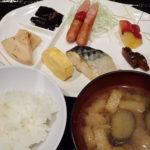 北八ヶ岳おいしいものめぐり3日目 オーレン小屋~本沢温泉で足湯♨~しらびそ小屋のチーズケーキ